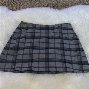 Nike Golf Skirt/skort gray plaid dri fit sz 8 EUC